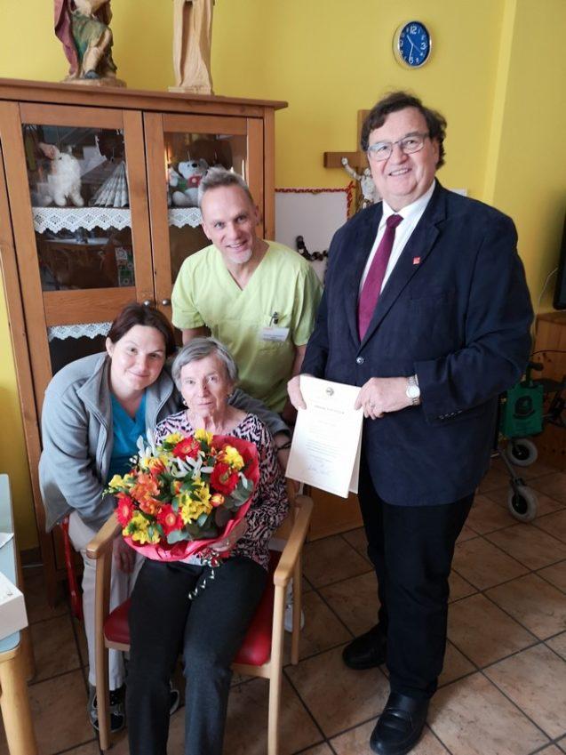 Gratulation zum 90. Geburtstag